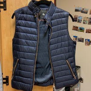 Zara puffy vest